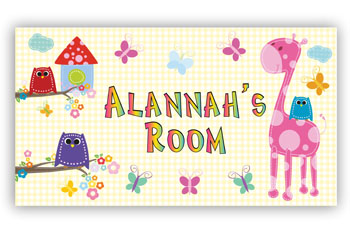 Room Door Sign with Pink Owl on Giraffe